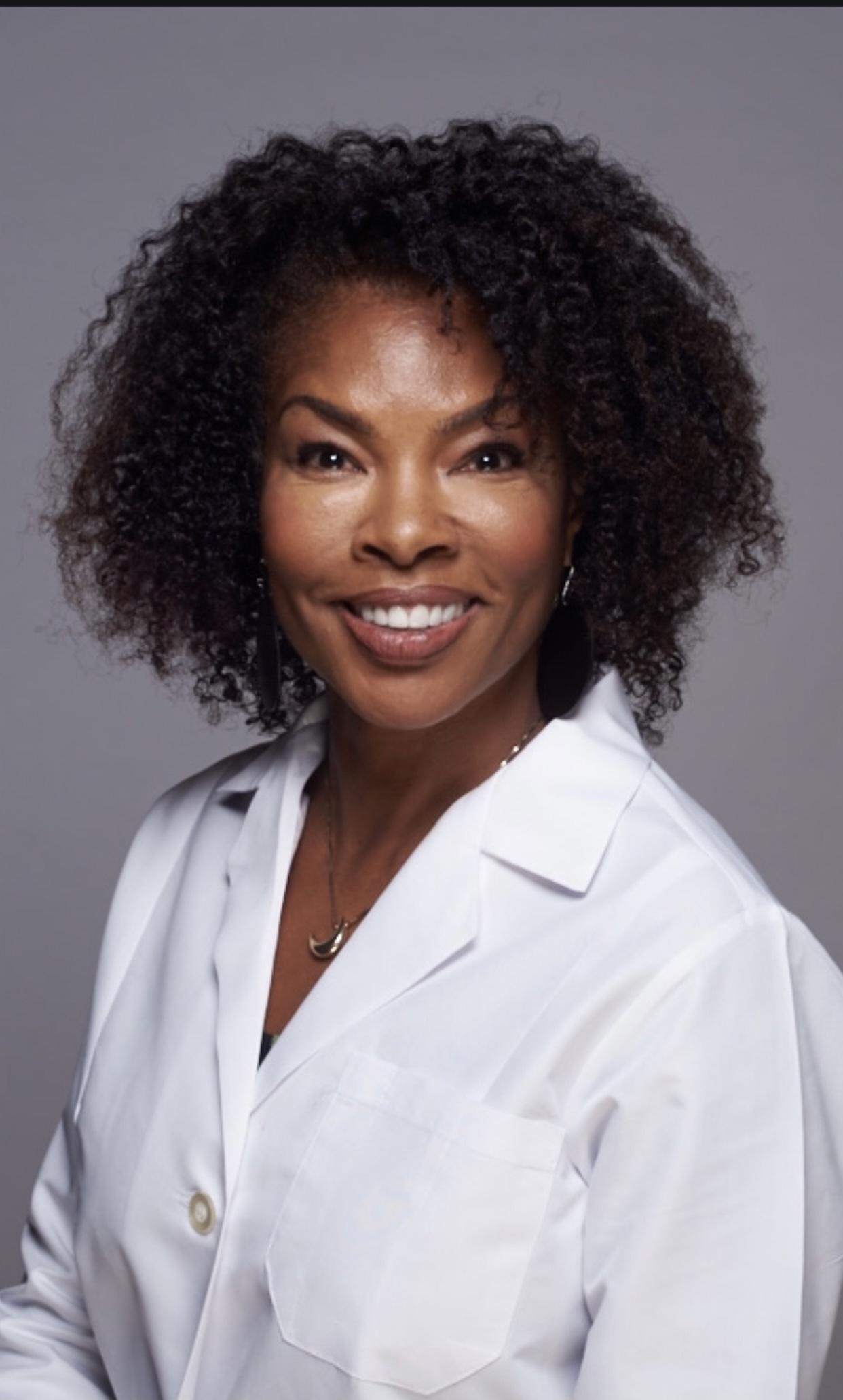 Dr. Crystal Dawn Silas, MD, Herbalist.